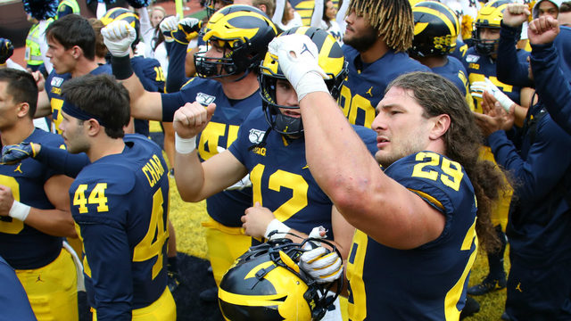 MONDAY HUDDLE: Is Michigan back on track after Iowa win?