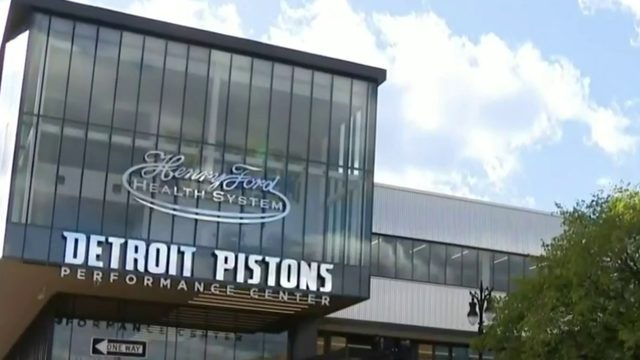 Pistons open new practice facility in Detroit