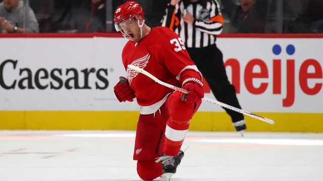 Mantha mania: Red Wings off to 2-0 start thanks to top line