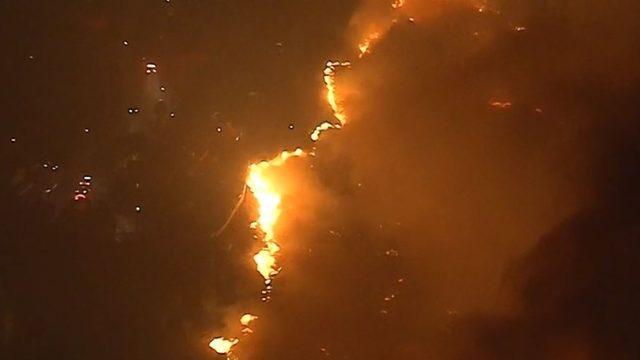 LIVE VIDEO: California wildfire spreads through San Fernando valley