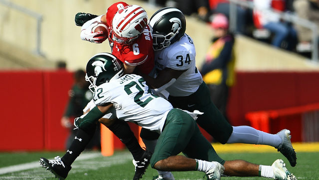 No. 8 Badgers post 4th shutout in 38-0 win over Spartans