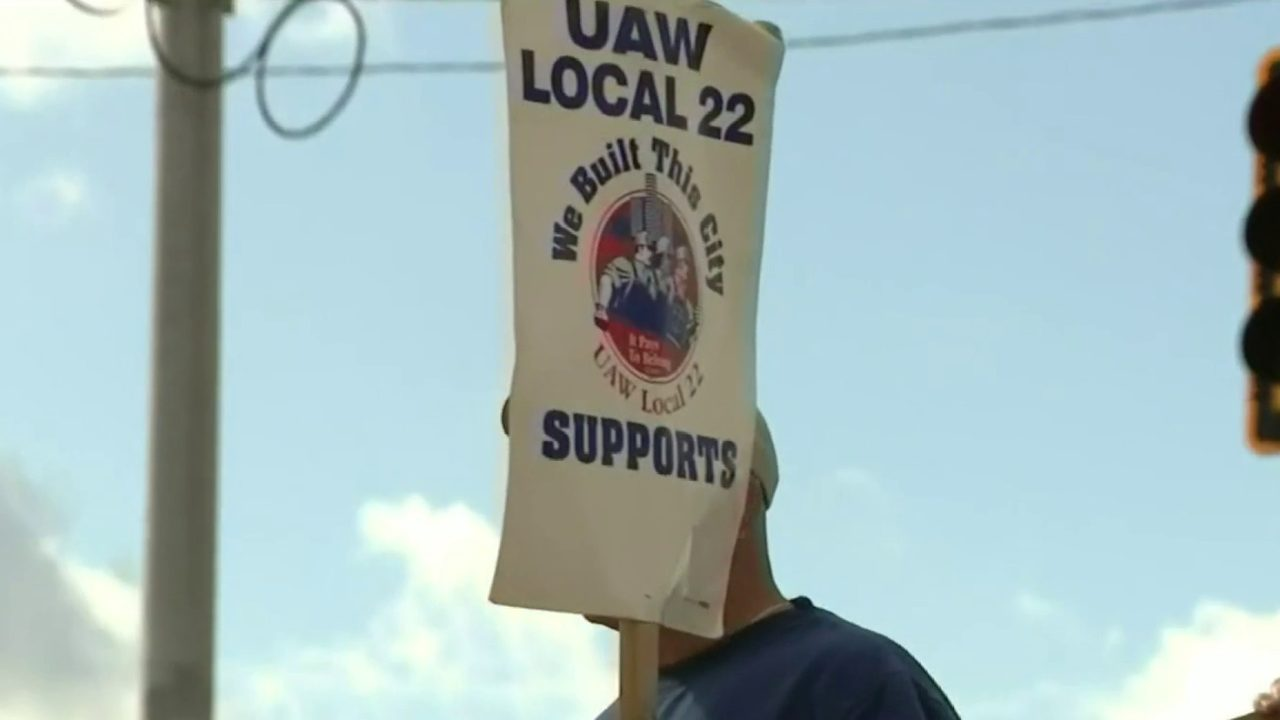 UAW-GM strike: Here's what's on the negotiation table