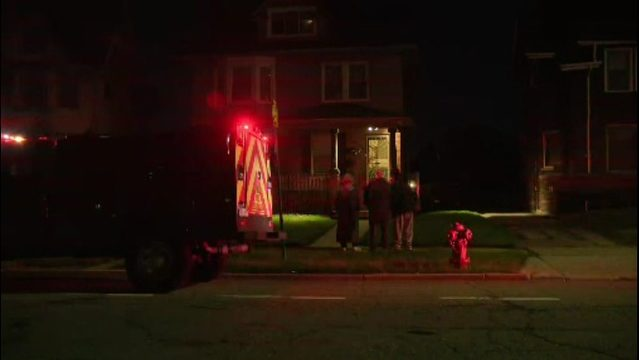 6 people hospitalized with suspected carbon monoxide poisoning in Detroit